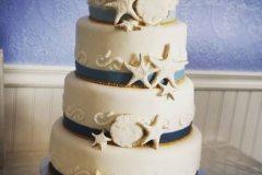 stunning wedding cake Saskatoon
