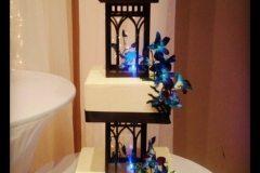 custom wedding cake Saskatoon