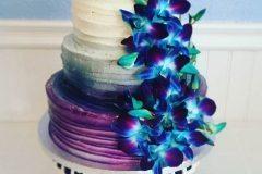 fancy wedding cake Saskatoon