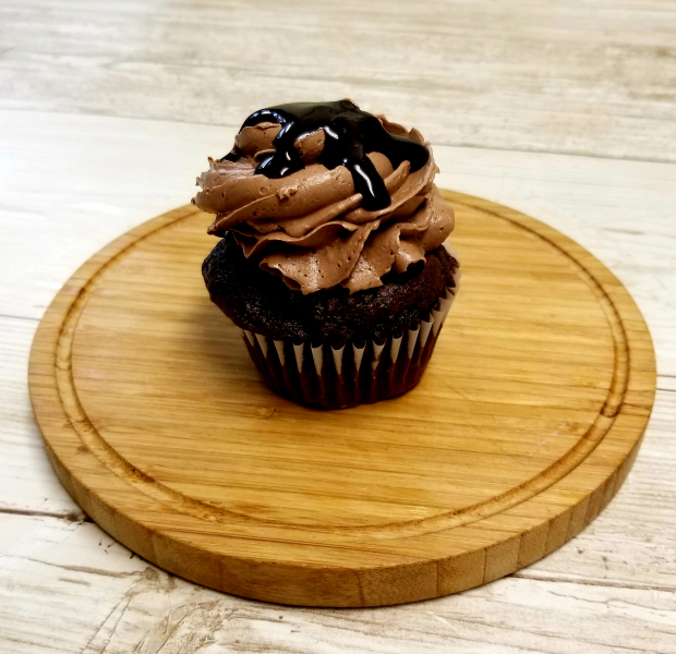 Triple-Chocolate-Cupcake