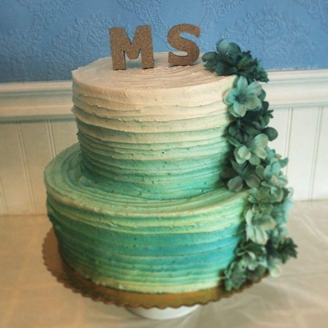 specialty cakes Saskatoon