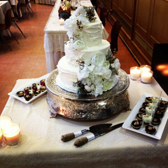 wedding cake bakery saskatoon specialty catering picknic s catering 21963